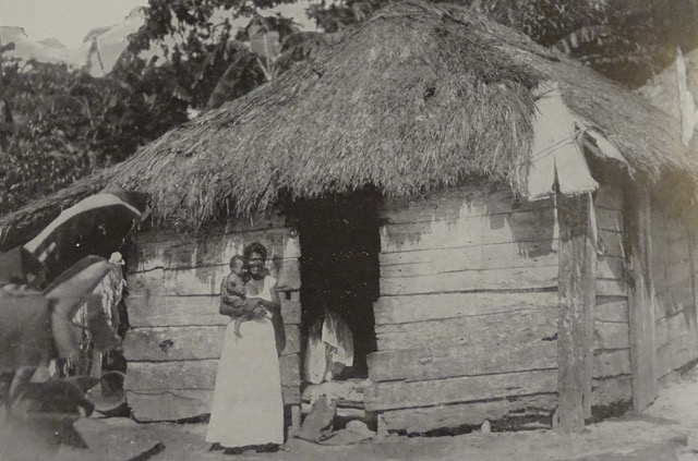 Historical photo of a Puerto Rican house 1898