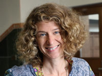 Dr Stephanie Leitch