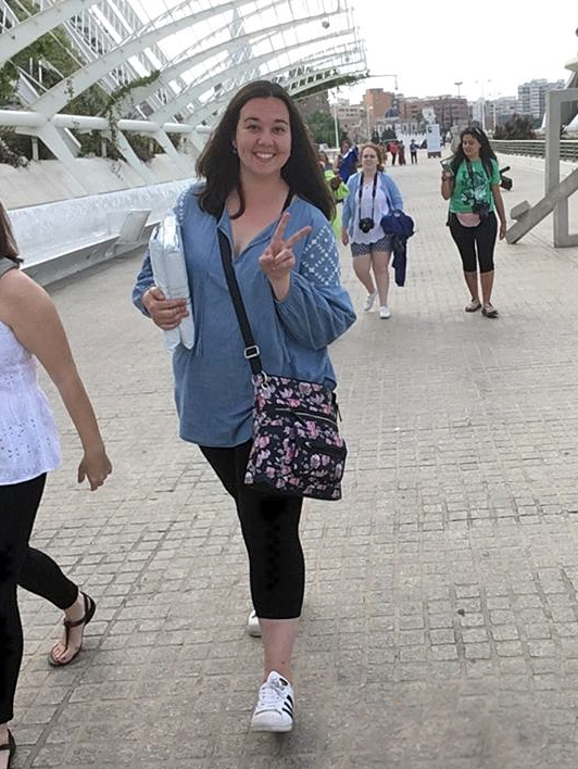 Emily Tuttle and students in Valencia